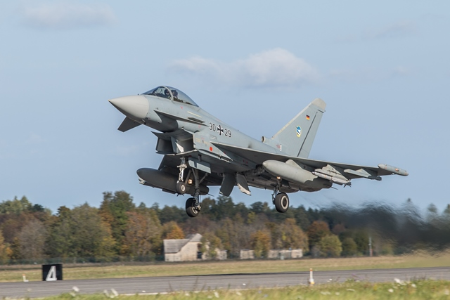 140930_Air_Policing_Timmig_02%20lowres